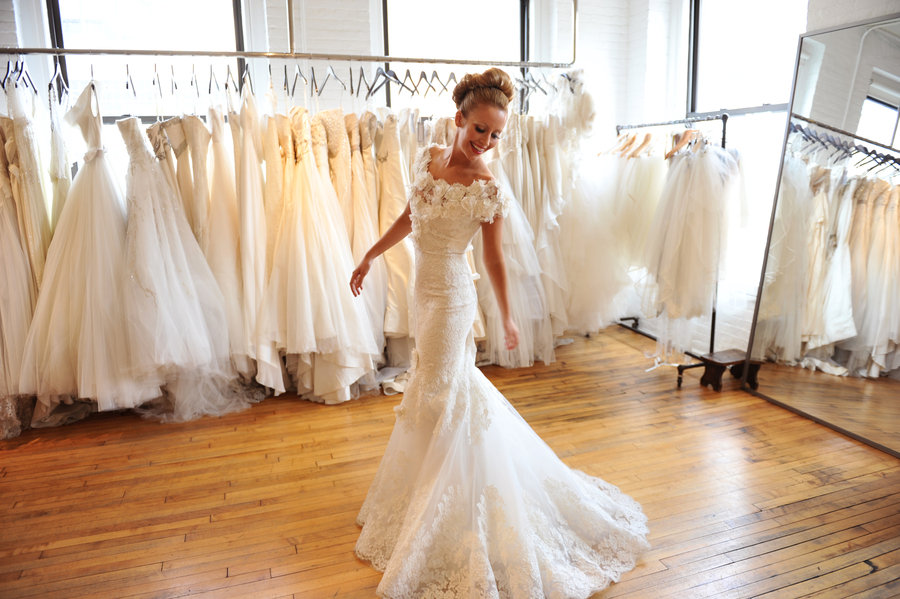 Можно ли выбирать свадебное платье с женихом